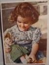 Неизвестен - Девочка с куклой